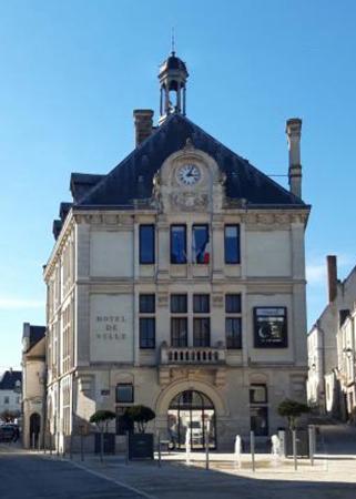 La mairie de Montrichard en 2019