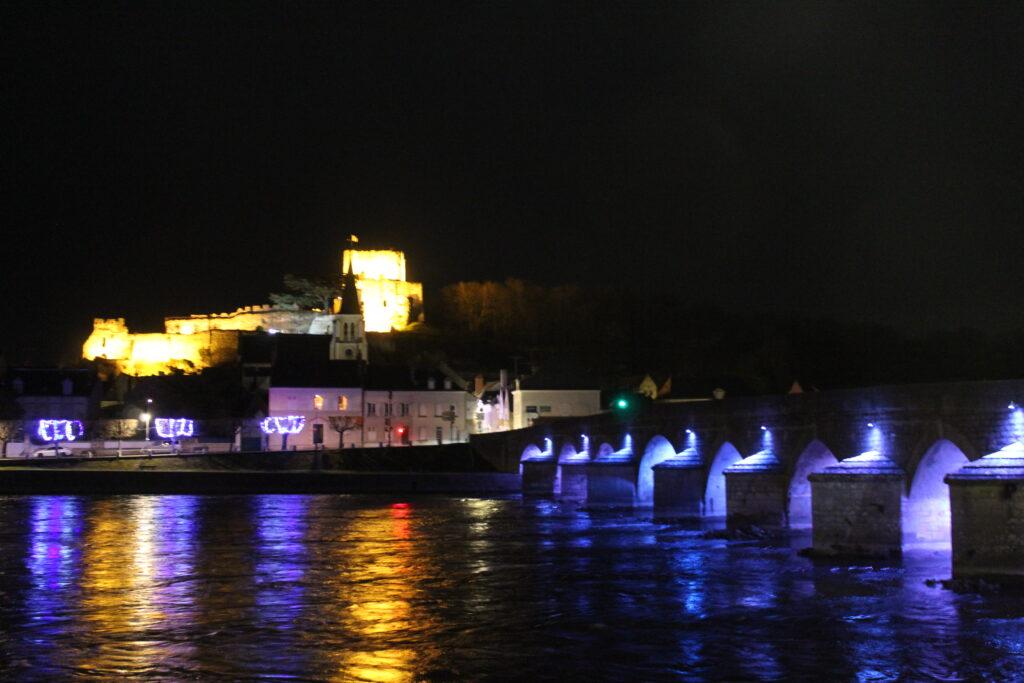 Pont de Montrichard de nuit