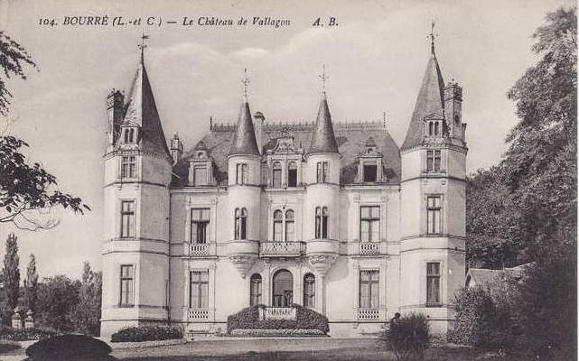 Ancienne photographie du château de Vallagon de Bourré de face