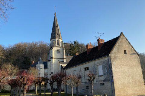 L'église et la seigneurie de Bourré