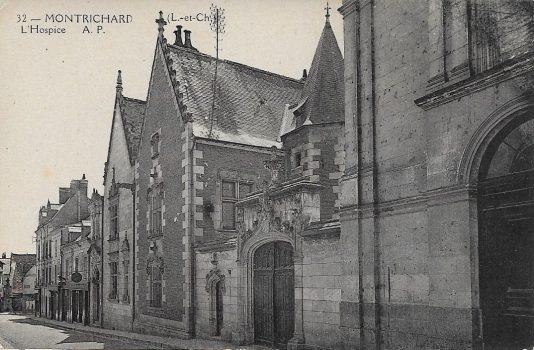La rue porte aux rois de Montrichard