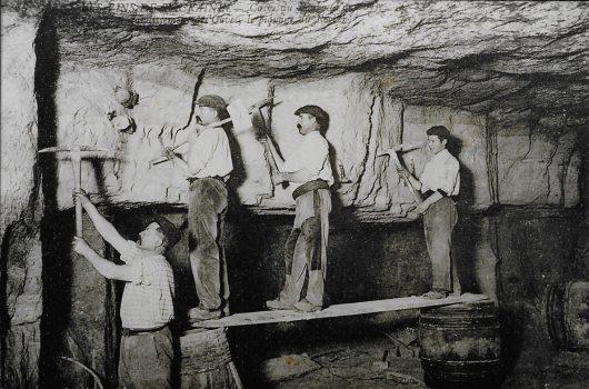 La taille de la pierre de tuffeau à Bourré