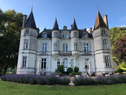 Le château de Vallagon à Bourré