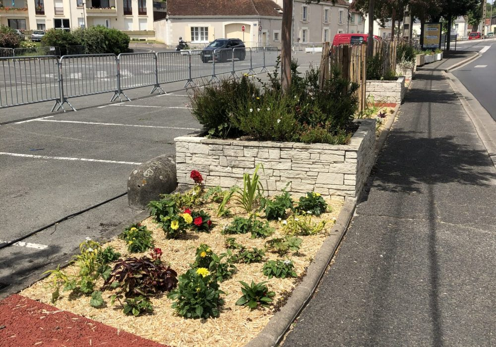 Fleurissement de la place du général de Gaulle